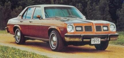 pontiac_ventura_custom_gold_1975